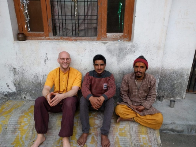 Padampuri ashram caretakers