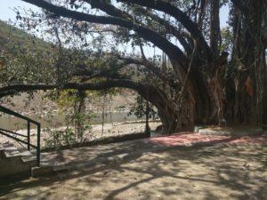 Kakrighat-ashram-2