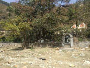 Kakrighat-ashram-5
